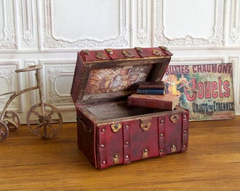 Chest wooden, lid with Cubs on silk printing toys, romantic bordeaux red, 1/12 scale Dollhouse furniture