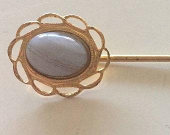 Vintage Milky Lilac Faux Opal Yellow Gold Tone Metal Lace Flower Stick Hat Pin