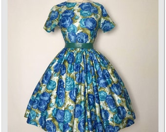 DIVINE 1950's Floral Roses Party Dress cotton sundress
