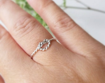 Sterling Silver Ring - Knot ring - Twist knot ring - Statement ring - Handmade
