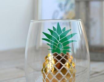 Pineapple Wine glass, Stemless wine glass, Pineapple cup, Summer wine glass, Stemless summer glass, Gold pineapple wine glass