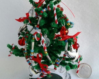 Decorated Christmas Tree - 4 inches high - Dollhouse Scale