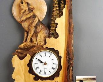 Wolf Carved on Wood,Wood Carving with Bark,Hand Made Gift,Wall Hanging clock,White and brown,Rustic OOAK Gift for a Hunter,Cabin Decoration