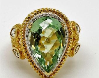 Lady's Yellow 14 Karat Vintage Fashion Ring Size 10.5