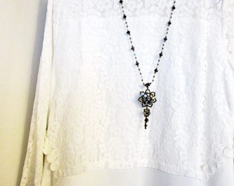 Black And Silver Crystal Statement Necklace Vintage Style Flower Necklace Long Crystal Necklace With Fancy Sparkle and Shine Flower Pendant