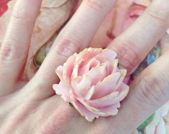 Adjustable ring beautiful pink rose and Golden