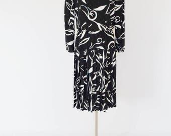 VTG Diane Von Furstenberg Graphic Print Secretary Dress