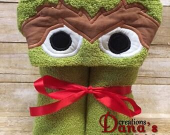 Oscar the Grouch Hooded Towel ~ Oscar Hooded Towel ~ Sesame Street Hooded Towel ~ Sesame Street Birthday ~ Beach Towel ~ Pool Towel