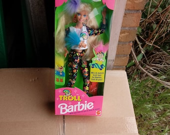 Mattel 1992 Mix and Match Troll Hair Barbie Doll New in box