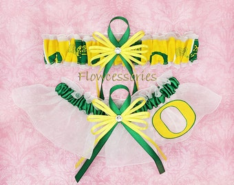 Pick Charm - University of Oregon Ducks - UO handmade bridal garters - keepsake garter set