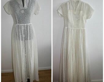 Vintage 1950s white lace wedding dress women, wedding gown, 50s dress, Wedding dress, bridal, small, lace, satin, 1950s dress