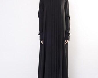 Black maxi dress / Black loose dress / Black evening dress / Black oversize dress / Long sleeved dress