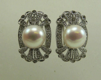 Freshwater White 9.8 and 9.9mm Pearl Earring with Diamonds 0.16ct 14k White Gold