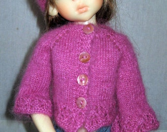 Hand knitted set for Kaye Wiggs MSD