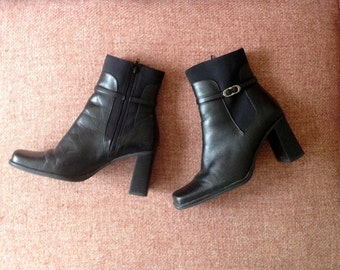 Vintage black high heeled ankle boots / booties