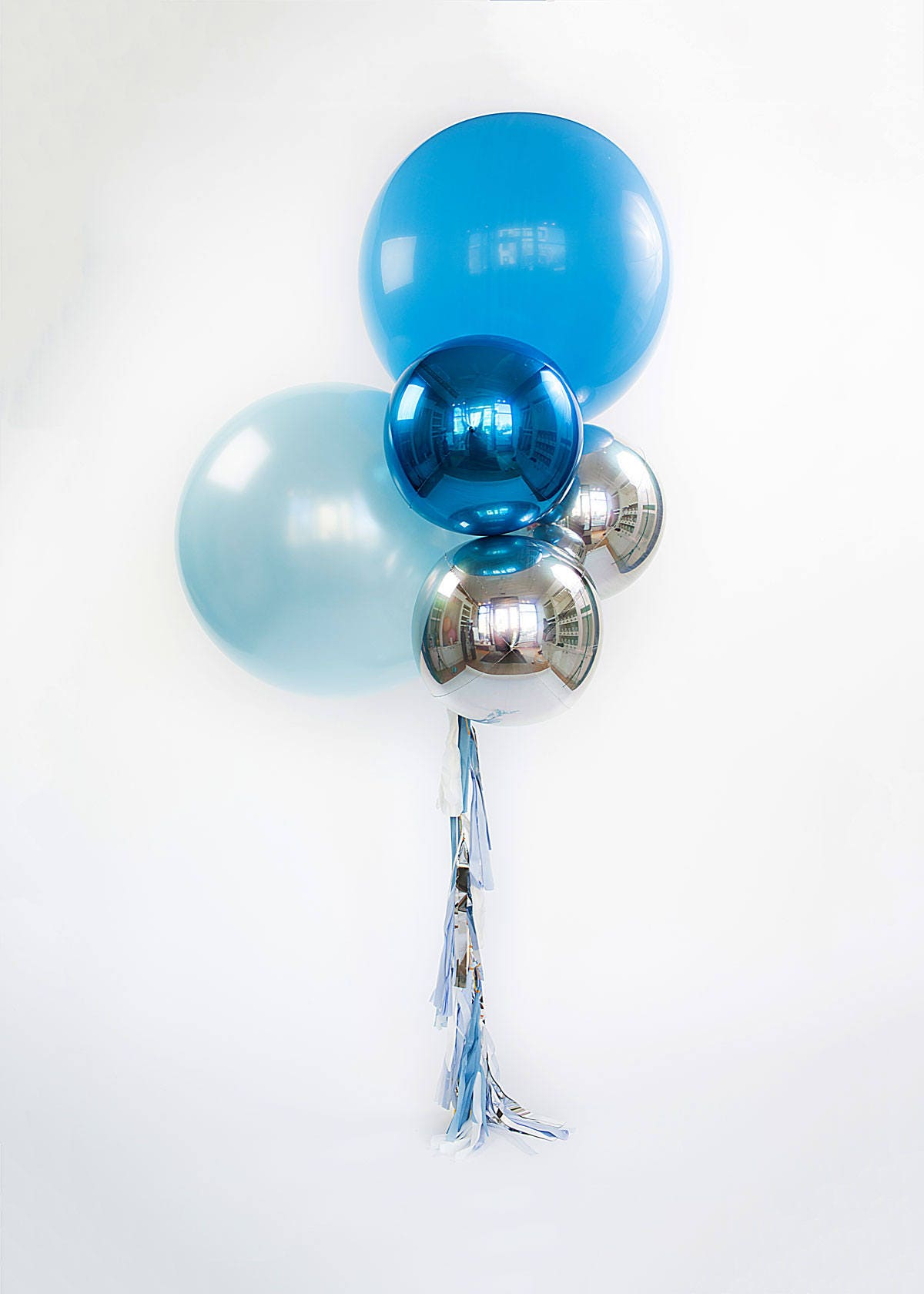 Blue Balloon Bouquet With Tassels Giant Balloons W Foil
