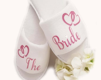 Personalised Bride Wedding Spa Slippers Sparkle Pink Block Hearts & Diamante Txt All Wedding Guests All Sizes