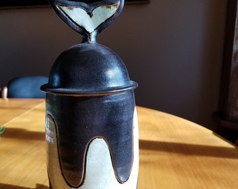 Diving Whale Lidded Ceramic - Unknown Artist