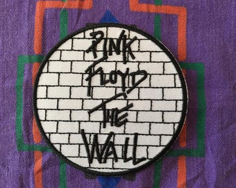 """Pink Floyd (The Wall) iron on embroidered patch (aprox. 3"""" in diameter)"""