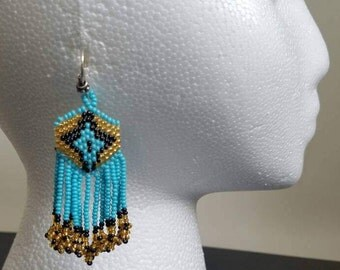 Seed Bead earrings, earrings, Tribal earrings, native American earrings, huichol earrings