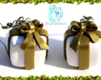 Christmas present earrings, holiday jewelry, polymer clay, handmade, gift idea