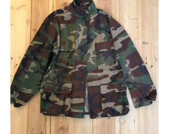 Camo Army Jacket Size: Med/Reg Item#195