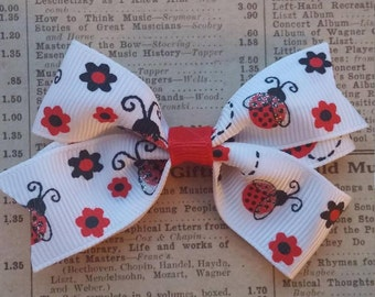 Sparkle Ladybug Hair Bow, girls hair bows, toddler hair bows, ladybug party favors, spring hair, party favors, loot bag, ladybug accessories