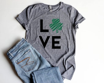 LOVE Shamrock Shirts for Junior Fitted Women Shirt Four Leaf Clover Shirts St. Patrick's Day Party Cute Irish T Shirts Greenery