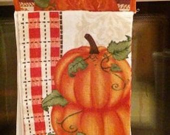 Hanging Hand towel, Pumpkin Potholder Towel, Oven Door Towel, Potholder Topper, Kitchen Towel, handmade, home decor, Fall, thanksgiving,