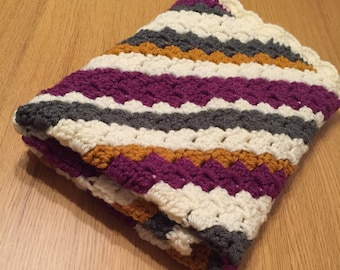 Chunky baby blanket.