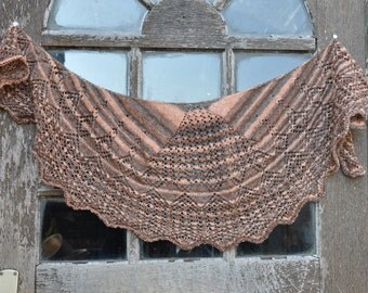 handknit Summerly in shades of Brown