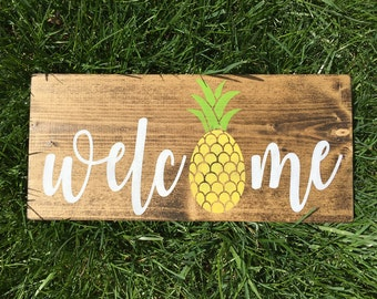 Pineapple Decor, Pineapple Sign, Welcome Sign, Summer Sign, Summer Decor