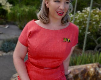 1950s Style Sheath Dress // Red Dress // Vintage Style Dress // Wiggle Dress // Spring Dress // Summer Dress // 1950s Dress // Retro Dress