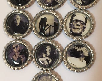Classic Monsters Magnet Set