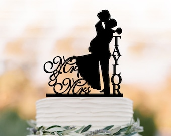 Personalized Wedding Cake topper mr and mrs, Cake Toppers with bride and groom silhouette, funny wedding cake toppers with letter monogram