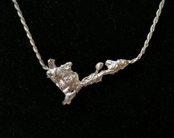 Stationary Silver Splash Necklace