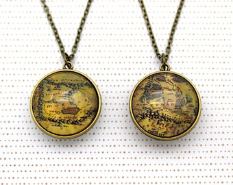 Lord of the Rings, Double Sided Necklace 'Rohan Map' & 'Mordor Map' Two Sided Necklace.