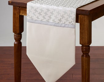 Luxury Cream Satin and Silver Table Runner #2057-72