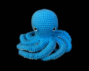 DOLL: Blue Realistic Amigurumi Crochet Octopus with Bendable Tentacles
