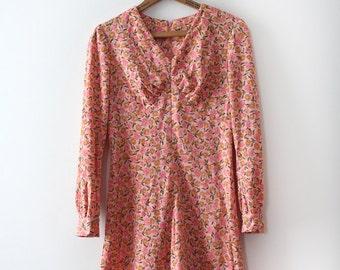 vintage 1960s floral dress // 60s 70s pink floral mini dress