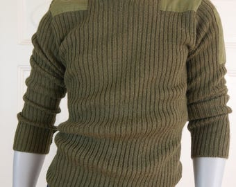 British Vintage Army Sweater, Olive Green Military Sweater, NATO Sweater, Green Wool Sweater, Crew Neck Military Pullover: Size 42 (US & UK)