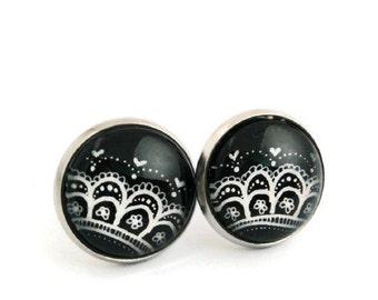 Hypoallergenic Earrings for sensitive ears - Earring studs - Lace earrings - Vintage earrings -Black earrings -Stud earrings -Small earrings