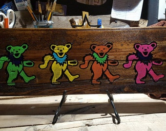 Greatful Dead dancing bear
