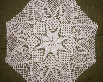 Octagon doily 10in