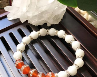8mm White Matte Alabaster / Red Agate Yoga Mala Beaded Bracelet. Healing Natural Gemstone Bracelet. Protection Mala Bracelet. Wrist Mala.