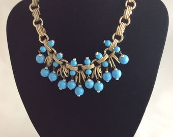 Pretty 1950's Turquoise Glass Bead Droplet Necklace .
