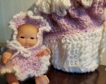 Lavender and White Cradle Purse with 5 inch Berenguer Doll