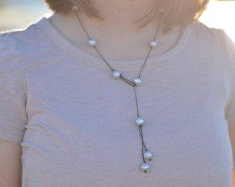 Freshwater Pearl Loop Necklace