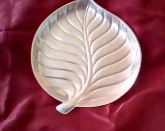 International Silver Co. Leaf Dish