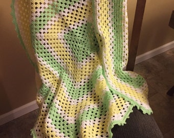 "Granny Green/Yellow Crochet Baby Blanket 40""x40"""